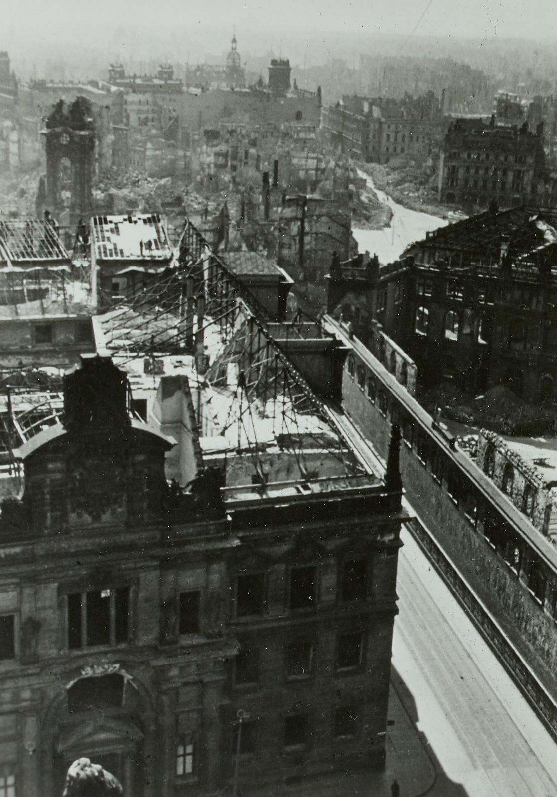 Fürstenzug nach dem 2. Weltkrieg